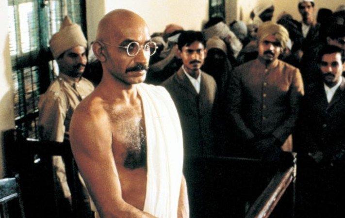 Gandhi (1982) trama, cast e trailer